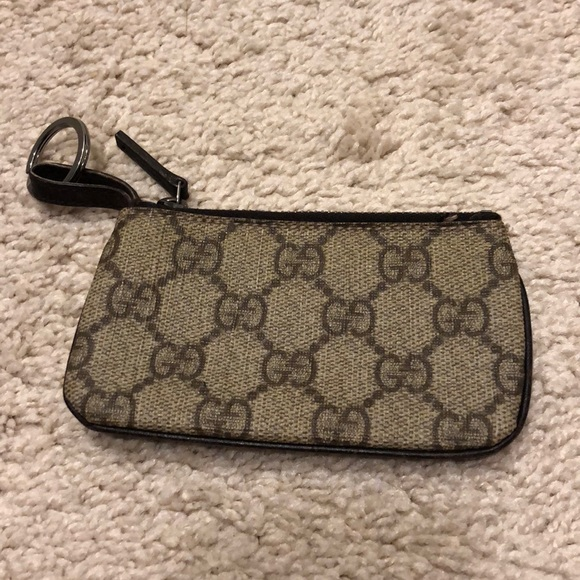 88fcd576cfe Gucci Accessories - Gucci Key Card Change Holder with Ring Authentic